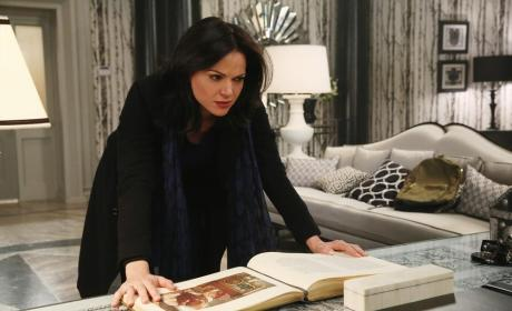 Regina Is Determined - Once Upon a Time Season 4 Episode 14