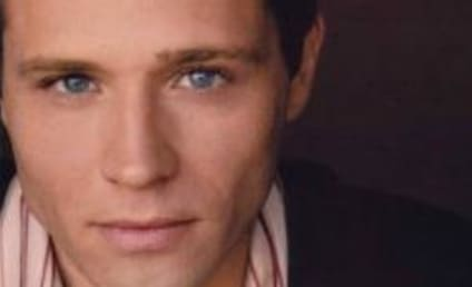 Seamus Dever Heating Up Army Wives