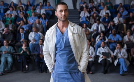 """New Amsterdam Photos from """"Pilot"""""""