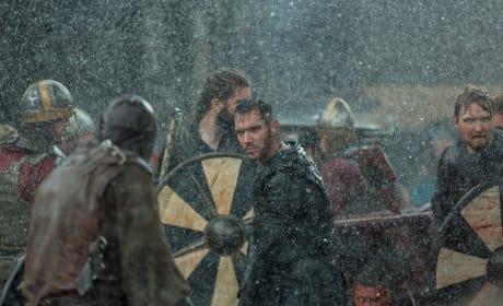 Bishop in Battle - Vikings Season 5 Episode 3
