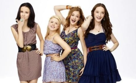 Bunheads Cast Photo