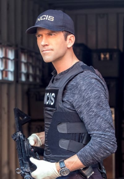 Cross Purposes - NCIS: New Orleans Season 4 Episode 12