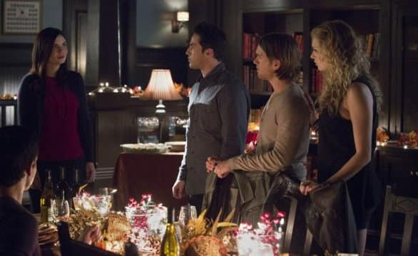 It's Friendsgiving! - The Vampire Diaries