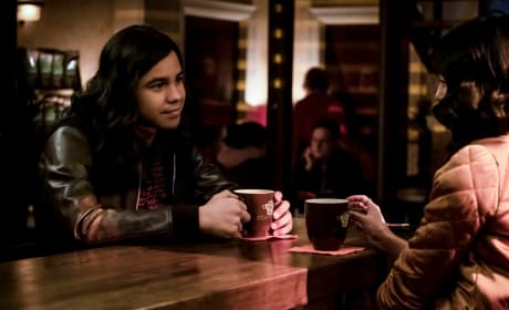 Cisco On A Date - The Flash Season 5 Episode 14