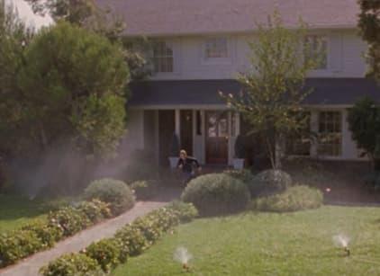 Watch Gilmore Girls Season 3 Episode 5 Online