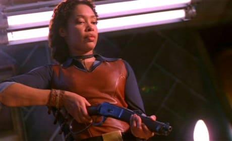 Gina Torres (Zoe Washburne) - Firefly