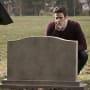 Graveside - The Flash Season 2 Episode 21