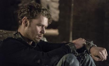 Still Locked Up - The Originals Season 4 Episode 2