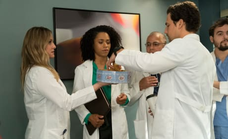 Sweet-Tooth - Grey's Anatomy Season 14 Episode 20