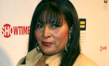 Pam Grier Signs on to Smallville