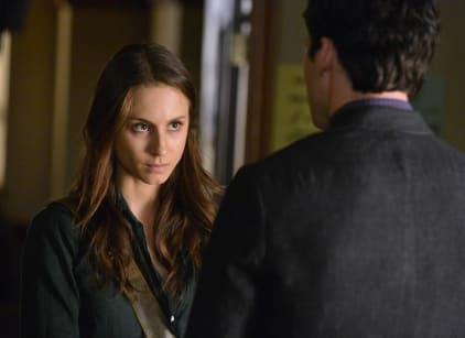 Watch Pretty Little Liars Season 4 Episode 18 Online