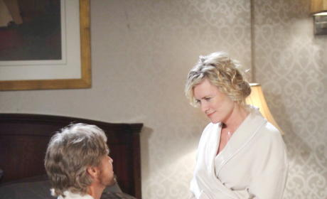 Steve and Kayla Reunite - Days of Our Lives
