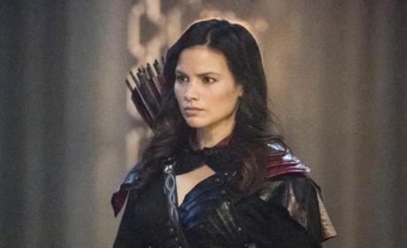 Nyssa Is Back - Arrow Season 5 Episode 23