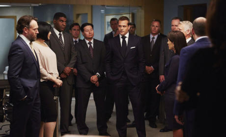 Harvey in the Middle - Suits Season 5 Episode 10