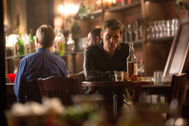 Klaus at a Bar