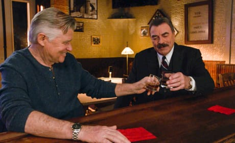 Reunion With an Old Friend - Blue Bloods Season 9 Episode 17
