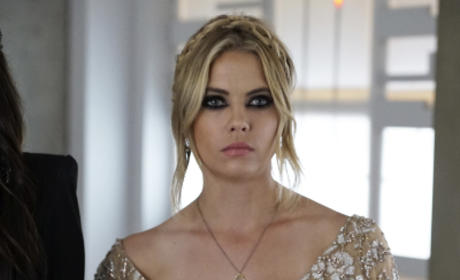 Is Hanna Getting Ready To Throw A Punch? - Pretty Little Liars Season 6 Episode 10