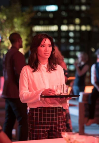 Grace Returns - Black Lightning Season 2 Episode 2