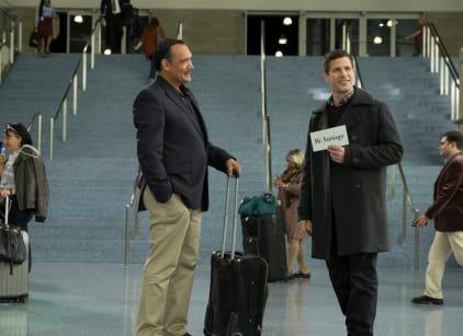 Watch Brooklyn Nine-Nine Season 4 Episode 6 Online