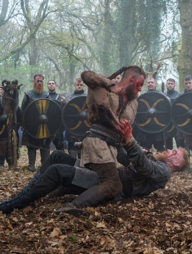Ubbe in Combat - Vikings Season 5 Episode 19