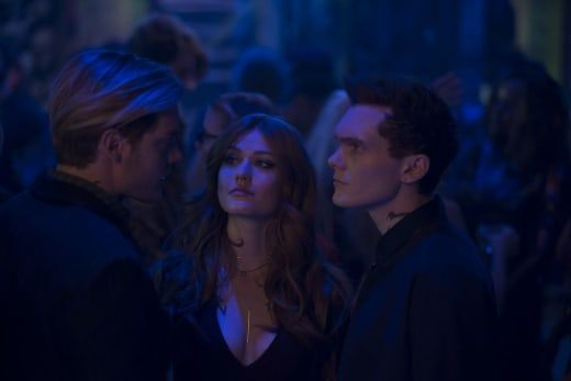 Unlikely Trio - Shadowhunters Season 3 Episode 19