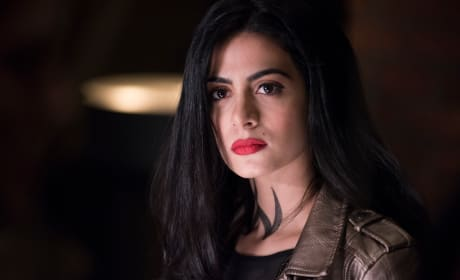 Sisterly Fear - Shadowhunters Season 3 Episode 7