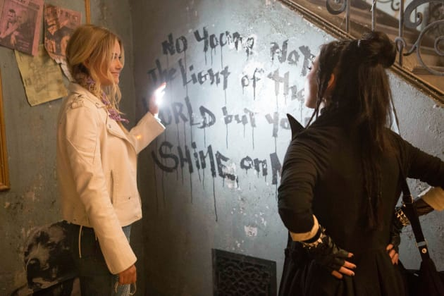 Karolina's Light - Marvel's Runaways Season 2 Episode 1