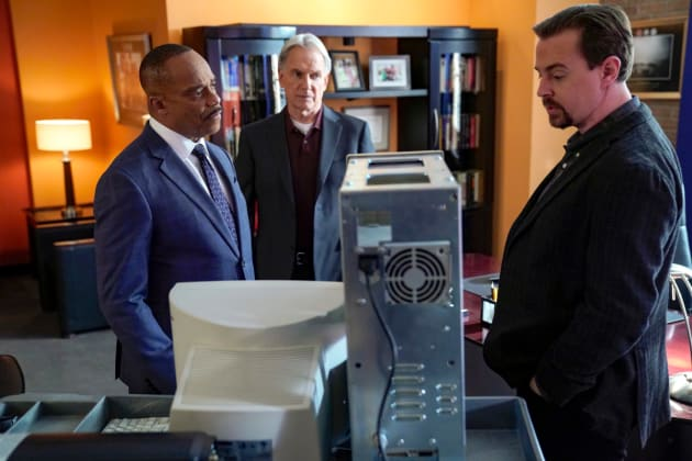 Ancient Electronics - NCIS Season 16 Episode 14