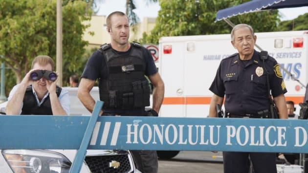 Suicidal Suspect - Hawaii Five-0 Season 8 Episode 13