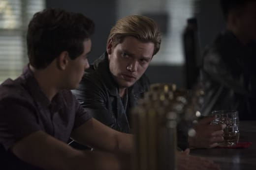 Who Is After Simon? - Shadowhunters