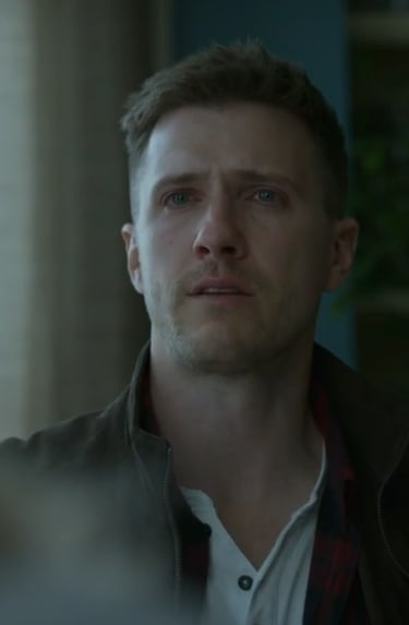 Driven to Tears - Absentia Season 2 Episode 8
