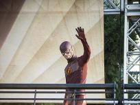 The Flash Season 2 Episode 1