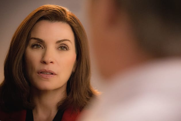 Up Close - The Good Wife Season 7 Episode 1