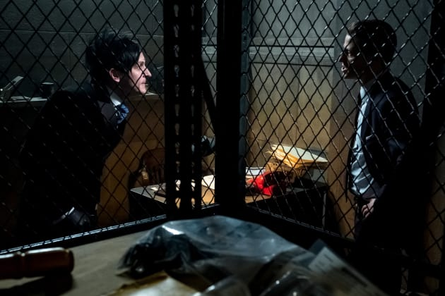 Penguin Runs to Jim - Gotham Season 4 Episode 18