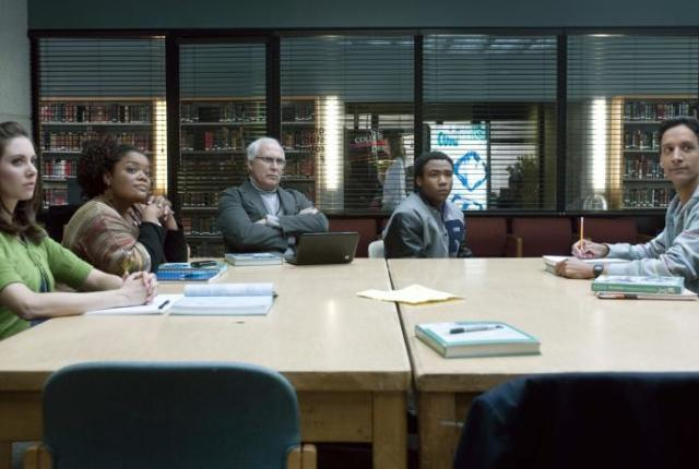 Watch community season 1 episode 1 online tv fanatic for Community tv show pool episode