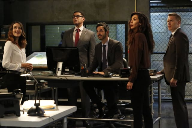 The Team Gears Up - The Blacklist Season 5 Episode 2