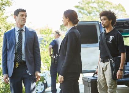 Watch Secrets and Lies Season 2 Episode 8 Online