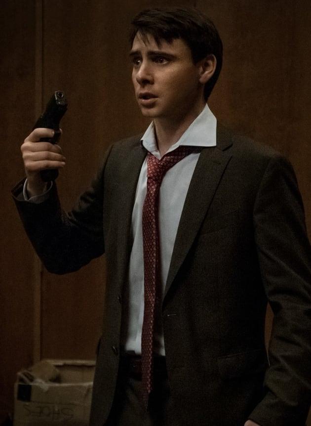 Peter Alpha Cocks the Gun - Counterpart Season 2 Episode 5