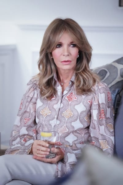 Laura's Mother - All American Season 3 Episode 14