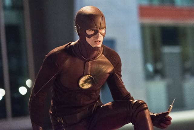 A Syringe? - The Flash Season 2 Episode 6