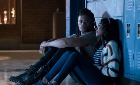Reunion - Black Lightning Season 2 Episode 5