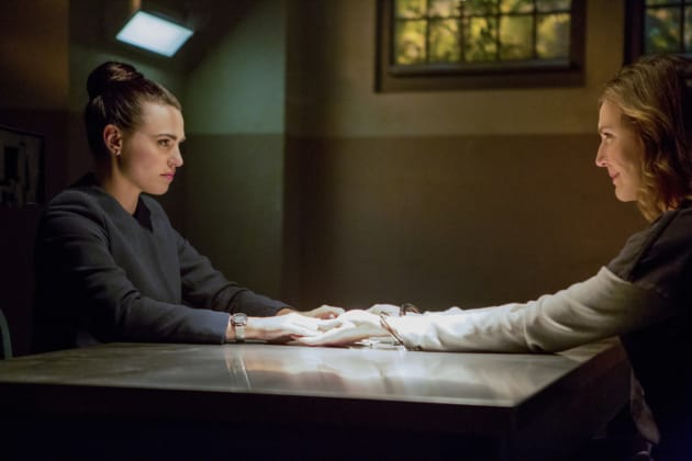 Lillian and Lena Reunite - Supergirl Season 2 Episode 12