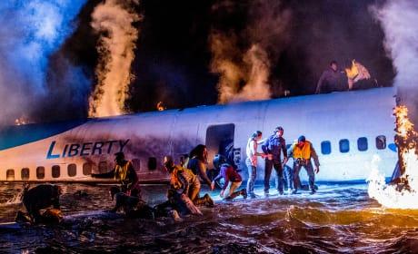 Plane Crash - 9-1-1 Season 1 Episode 4