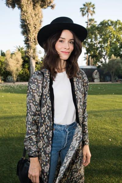 Abigail Spencer Wears Hat