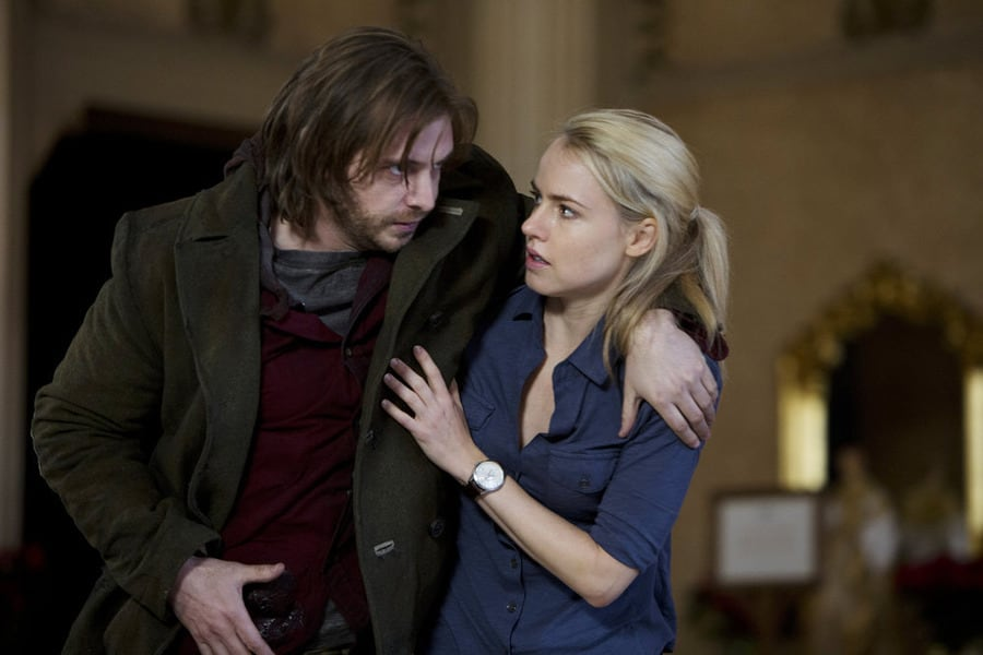12 Monkeys Season 1 Episode 1 Review: Pilot - TV Fanatic