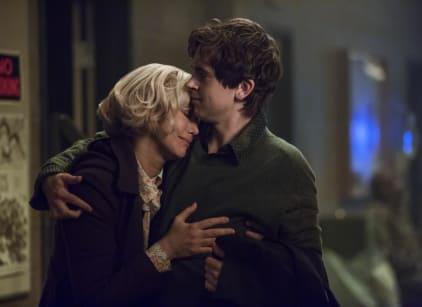 Watch Bates Motel Season 4 Episode 1 Online