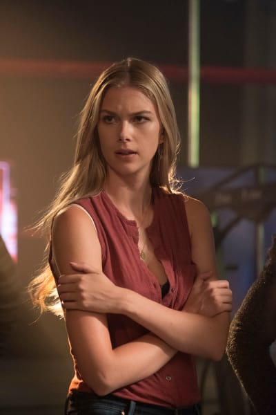 Jealous? - Stitchers Season 3 Episode 6