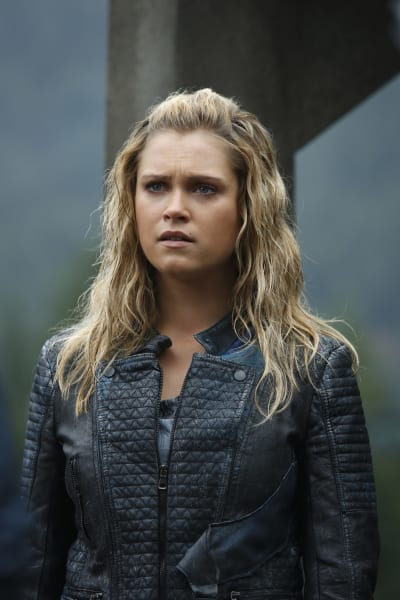 Clarke's Stressed - The 100 Season 4 Episode 4