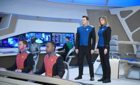 The Bridge Crew - The Orville Season 1 Episode 1