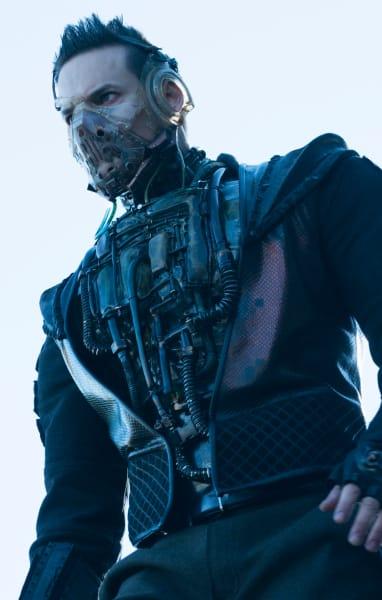 Bane's Final Stand - Gotham Season 5 Episode 11